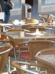 outside-tables-1175683