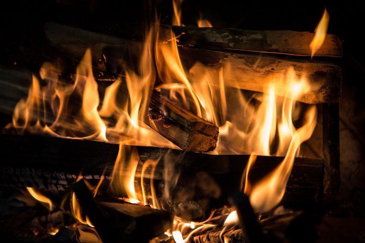 open haard vuur